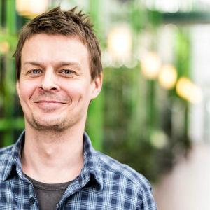 Joakim Rundt är redaktör och arbetar för Svenska Yle.