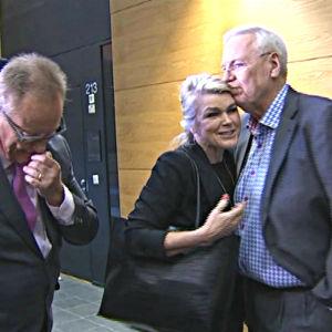 Leila Tuominen och Jukka Peltomäki i Helsingfors tingsrätt 27.9.2016.