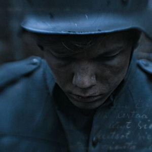 Sotilas. Kuvassa näkyy päiväkirjan tai kirjeen tekstiä.