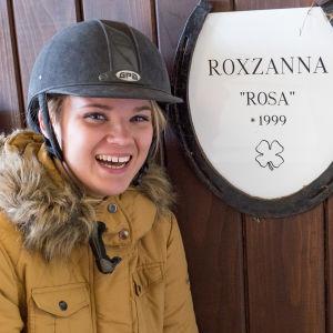 Kuvassa Rosa Hautala.
