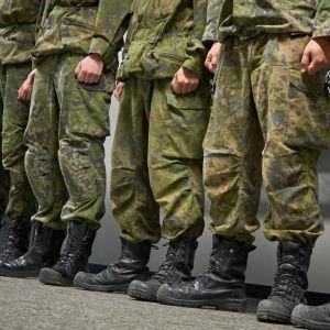 Militär uppställning.