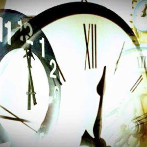 kelloja, kuvakollaasi