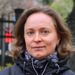 Kuvassa toimittaja Natalia Giloeva