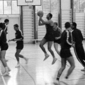 """Neuvostoliiton joukku """"salaisissa"""" yhteisharjoituksissa Suomessa koripallon EM-kisoiss 1967."""
