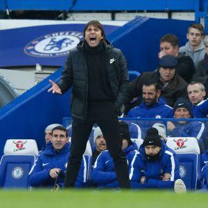 Chelsean päävalmentaja Antonio Conte