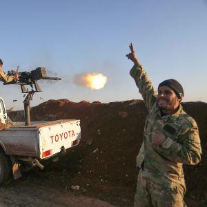 Turkin tukemia syyrialaisjoukkoja pohjois-Aleppossa 20. tammikuuta.