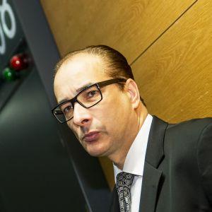 Asianajaja Heikki Lampela.