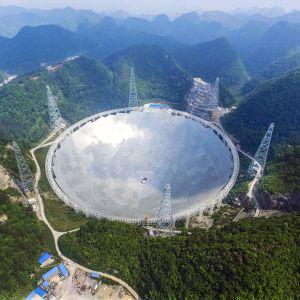 Guizhoun maakunnassa oleva maailman suurin teleskooppi.