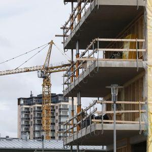 Rakennustyömaa Joensuussa.