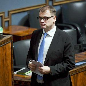 Pääministeri Juha Sipilä eduskunnan täysistunnossa Helsingissä 14. helmikuuta