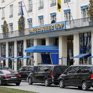 Münchenin turvallisuuskokous pidetään Bayerischer Hof -hotellissa.