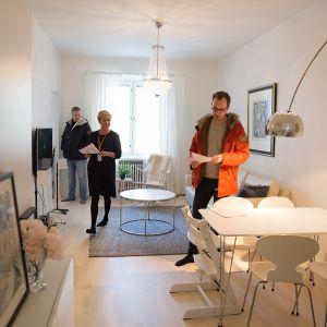 Asuntoesittely Helsingin Töölössä .