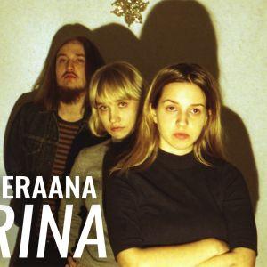 Karina-yhtye vieraili Miikka Koiviston haastattelussa.