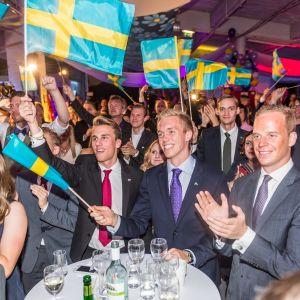 Gustav Kasselstrand vaalivalvojaisissa 2014.