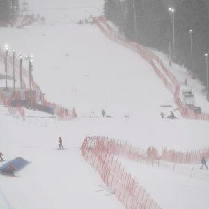 Tuuli piinasi Åren päätöskilpailuja.