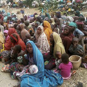 Tammikuussa 2018  Boko Haramin kynsistä paenneita vankeja.