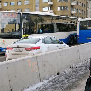 Bussiruuhka Hämeensillalla