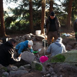 Kaivaukset Laukon kartanon mailla