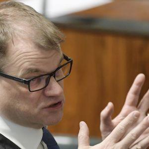 Pääministeri Juha Sipilä eduskunnan täysistunnossa 18. huhtikuuta 2018.