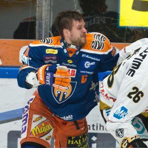 Jukka Peltola Shaun Heshka