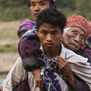 Pakolaisia Myanmarista