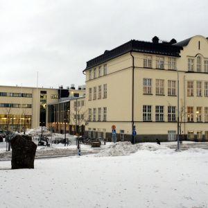 Joensuun yhteiskoulun lukio.