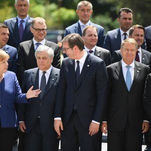 EU-maiden ja kuuden Länsi-Balkanin maiden johtajat tapasivat Bulgarian pääkaupungissa Sofiassa torstaina. Saksan liittokansleri Angela Merkel keskusteli Serbian presidentin Aleksandar Vučićin kanssa.