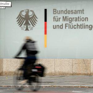 Saksan liittovaltion maahanmuuttoviraston vastaanottokeskus Berliinissä.