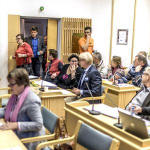 Kittilän kunnanvaltuuston kokous alkamassa