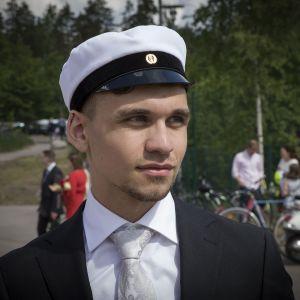 Aleks Vaak, ylioppilas