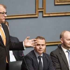 Juha Sipilä, Petteri Orpo ja Sampo Terho