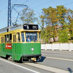 HKL luovuttaa neljä raitiovaunua ilmaiseksi kansalaisille hyvin perusteltua käyttöä varten.