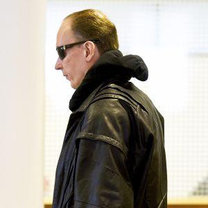 Michael Maria Penttilä kuvattuna Helsingin hovioikeudessa 13. maaliskuuta 2018.
