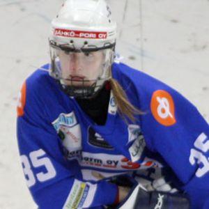 Elina Raesola oli Luvian joukkueen tehopelaaja.
