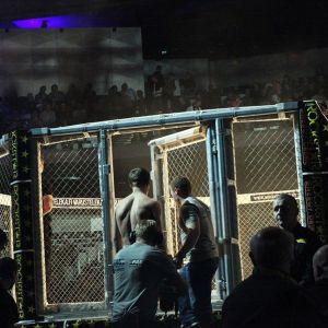 Cage 18 -tapahtuma järjestettiin myös vuosi sitten Logomossa.