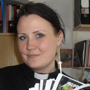 Seurakuntapastori Enna Järnstedt