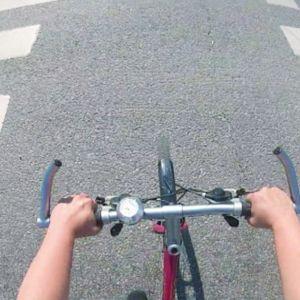 Pyörällä Helsingissä.