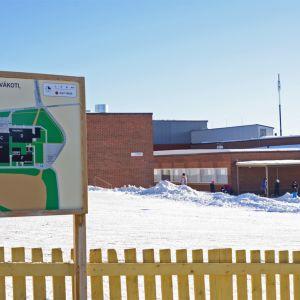 Vaaranlammen koulurakennus