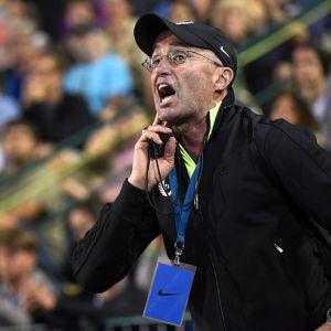Yleisurheiluvalmentaja Alberto Salazar