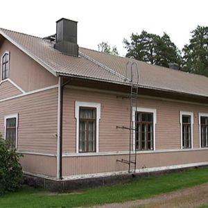 Pernaja entinen kunnantalo