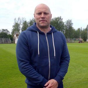 PS Kemin päävalmentaja Jari Åhman.