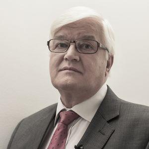 Juhani Eskola.