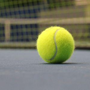Tennispallo.