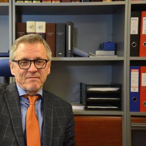 Johtava laamanni Daniel Allén pitää uudistusta tärkeänä ja oikean suuntaisena.
