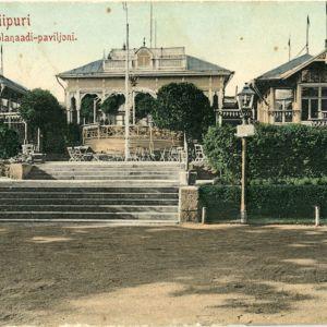 Viipuri, Esplanaadi-paviljonki eli Espilä. Puinen ravintolarakennus, kuvattu Torkkelinpuistosta 1908 - 1909.