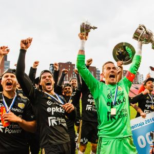 SJK juhli Suomen Cupin voittoa kaudella 2016
