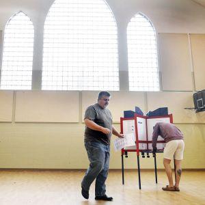 Äänestyspaikka Ohion Kentissä.