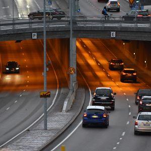 Hakamäentien tunneli Helsingissä.