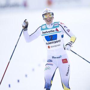 Krista Pärmäkoski ja Stina Nilsson kuvassa