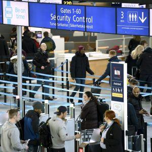 Helsinki-Vantaa lentoasema.